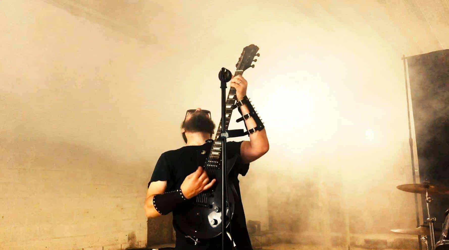 Cultic Guitarist